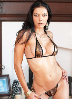 Adrianne Curry - Bangable Girl